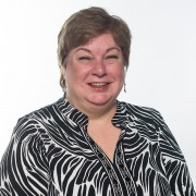 Anne Dennison headshot