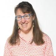 Lucy Breslin headshot